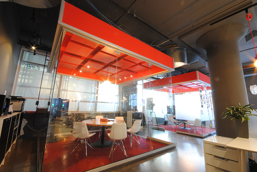 Acoustic ceiling panels for privacy in a Meeting Room