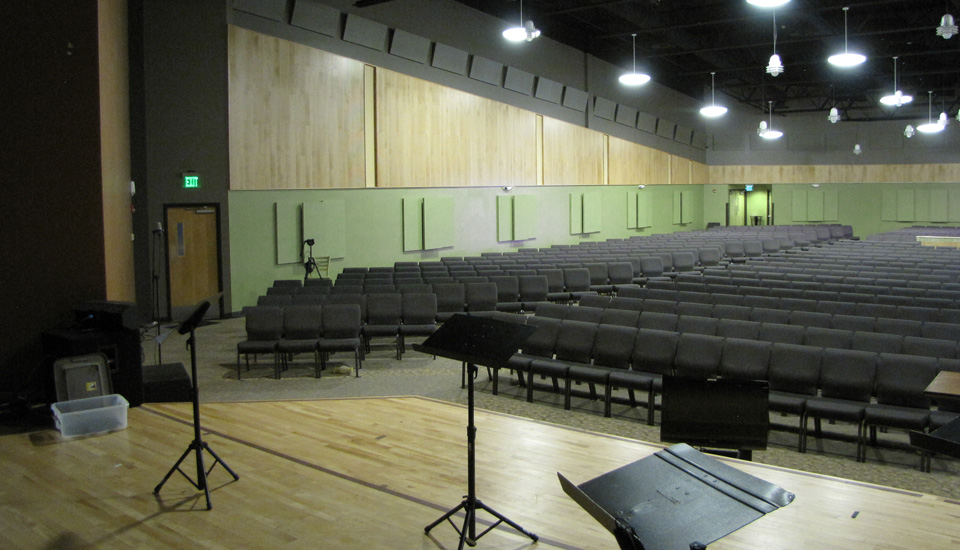 house of worship contemporary space with broadway paintable panels
