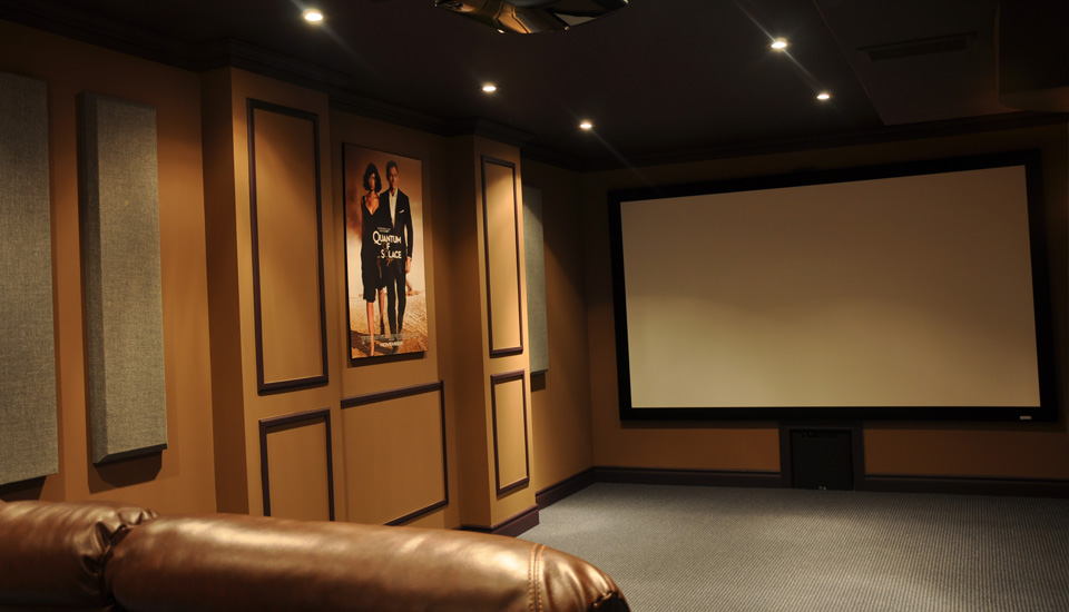broadway columns in home theatre