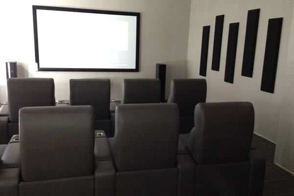 london 8 room home theatre