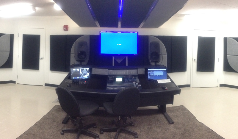 solo tech studio room broadway accent panels